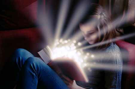 Per tutto il liceo ho sognato di diventare scrittrice di romanzi fantasy.
